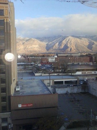 Hampton Inn & Suites Ogden: clear day, from room 817