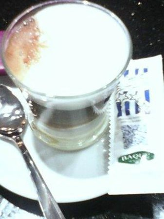 Bar Sport: y de remate un riquisimo café