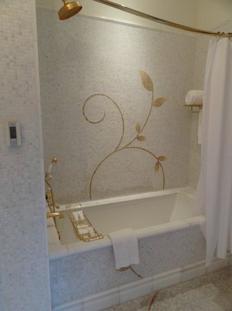 The Plaza: Detailed tiling in bathroom