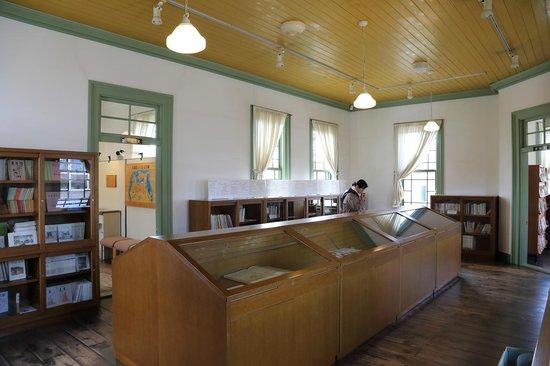 Former Hirosaki City Library: 展示室
