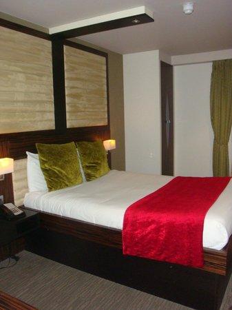 Best Western Maitrise Hotel: Slaapkamer