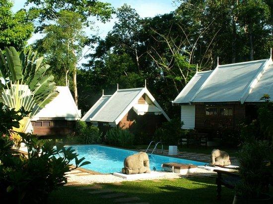 Le Passe-Temps : Les bungalows de style Thai