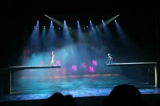Golden Mask Dynasty Show: шоу Золотая маска