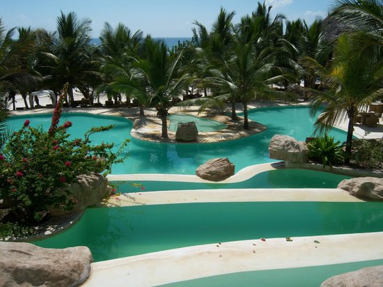 Swahili Beach Resort: Pool