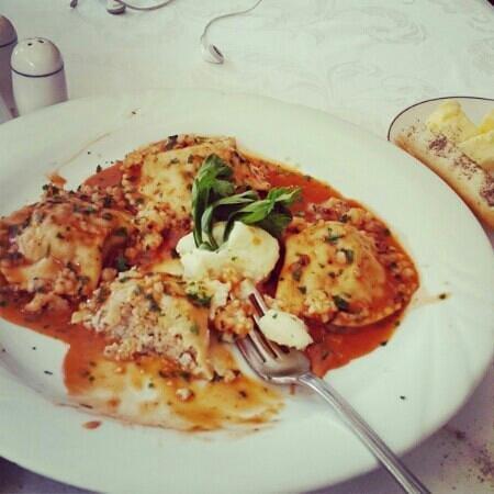 Trattoria Ristorante & Pizzeria: seafood ravioli fresh like its right from the sea .