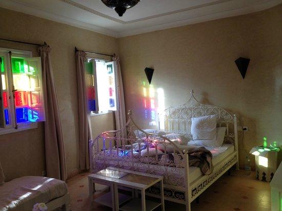 Riad les Orangers d'Alilia Marrakech: Lumière exceptionnelle, même si le lit n'est pas encore fait