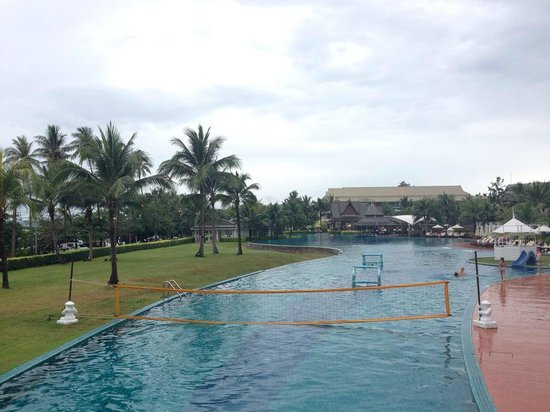 Sofitel Krabi Phokeethra Golf & Spa Resort: Pool