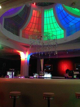 NYX Prague: 360 Bar