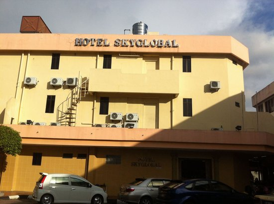 Hotel Skyglobal: The hotel building