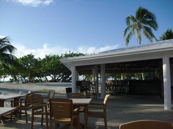 Cayman Brac Beach Resort: The BAR