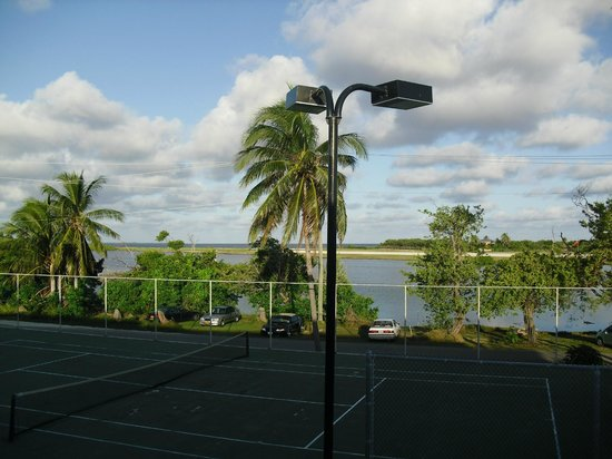 Cayman Brac Beach Resort: Tennis and the view north, from my room