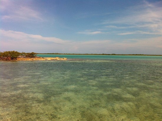 Exuma Vacation Cottages: The beautiful bay at the dock