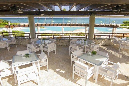 Punta Palmera - Cap Cana: Pool Bar