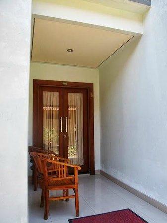 Sandat Hotel Legian: Our Room