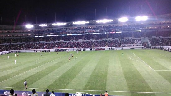 Dentro del Estadio Victoria