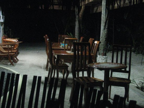 Sea Turtle House Moalboal: The NEW dining area