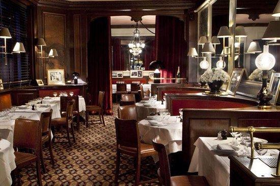 Restaurant la gauloise picture of la gauloise paris for Restaurant le miroir paris 18