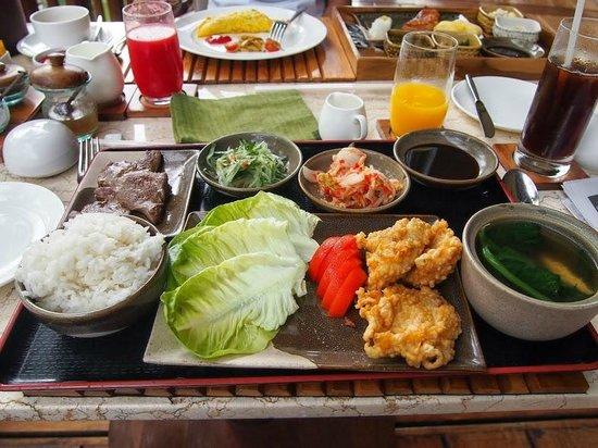 Four Seasons Resort Bali at Sayan: Breakfast