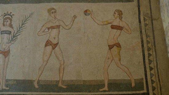 Villa Romana del Casale: Bikinis were not invented in the 40's...