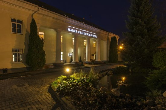 Mabre Residence Hotel: Hotel exterior