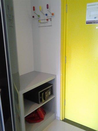 POP! Hotel Kuta Beach : they do provide safety box