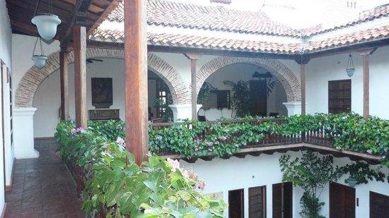 Hotel Casa del Arzobispado: Breakfast and Second Floor