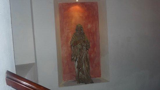 Hotel Casa del Arzobispado: Religious Art