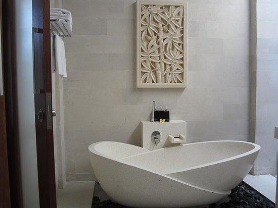 Daluman Villas : BathTub