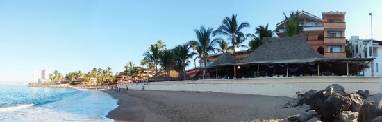 Las Palmas by the Sea: View of the hotel and beach.