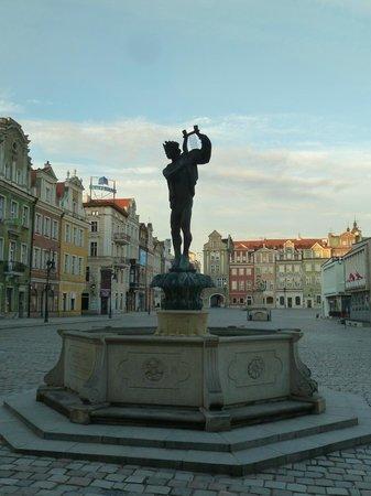 Old Market Square : мужик