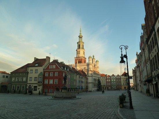 Old Market Square : общий вид