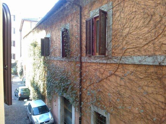House Loft Rome: Vista para a rua