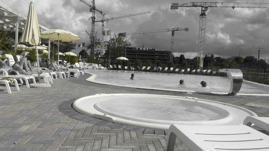 Camping Village Roma: piscina