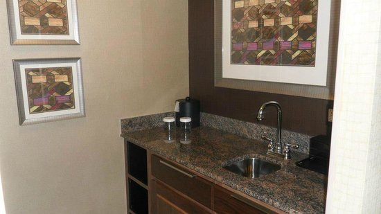 Embassy Suites by Hilton Baltimore - Inner Harbor: Wet bar in sleeping room w/microwave (not pictured)
