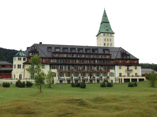 Schloss Elmau - Luxury Spa & Cultural Hideaway: Schloss Elmau