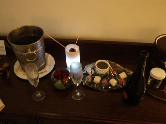 Continental Hotel & Casino : Sorpresa de cumpleaños