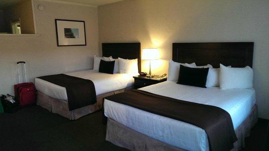 Best Western Plus Inn Of Ventura : Bedroom