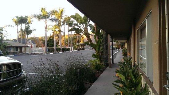 Best Western Plus Inn Of Ventura : You can park in front of the door
