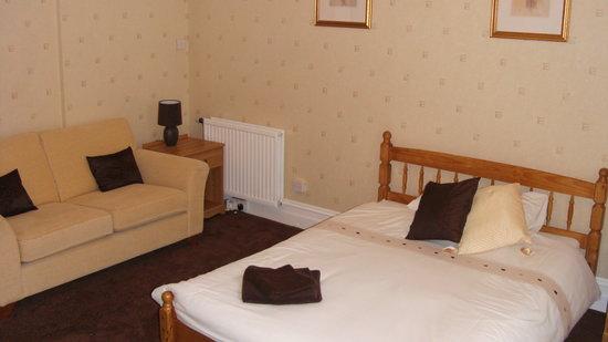 The Parks Guest Accommodation: Large Double En-suite