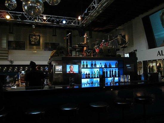 Hard Rock Hotel Bali : Hard Rock Centre Stage