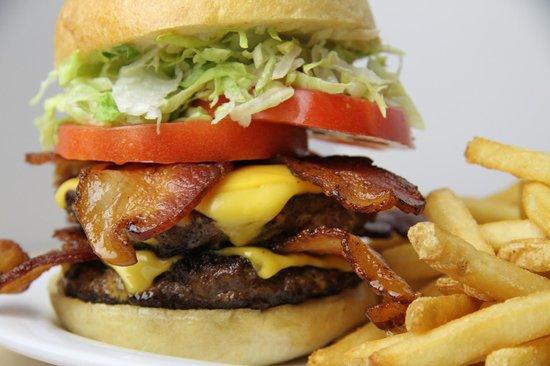 Beef 'O' Brady's: OMG Burger