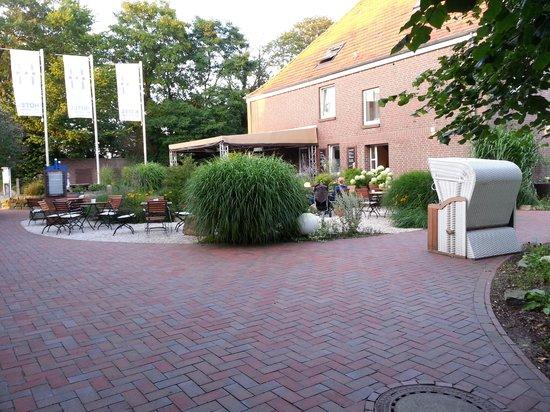 Hotel Hinrichs : vom Restaurant Richtung Bar
