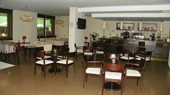 Hotel Don Juan: Cafetería