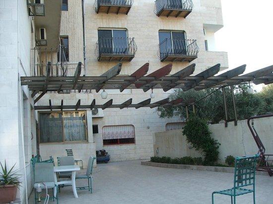 Salome Hotel : терраса