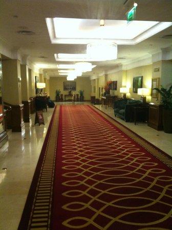Grosvenor House, A JW Marriott Hotel : Hallway