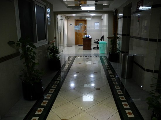 Rose Garden Hotel Apartments - Bur Dubai: 2