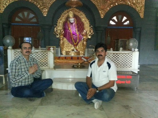 Hotel Sai Sahavas: At the replica temple at 3rd floor