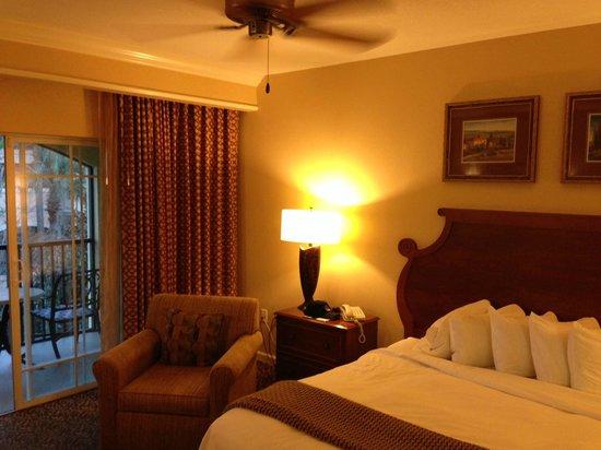Hilton Grand Vacations at Tuscany Village: Bedroom, room 3313
