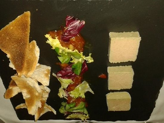 Avalon: Paté of chicken liver with Melba toasts and chutney.