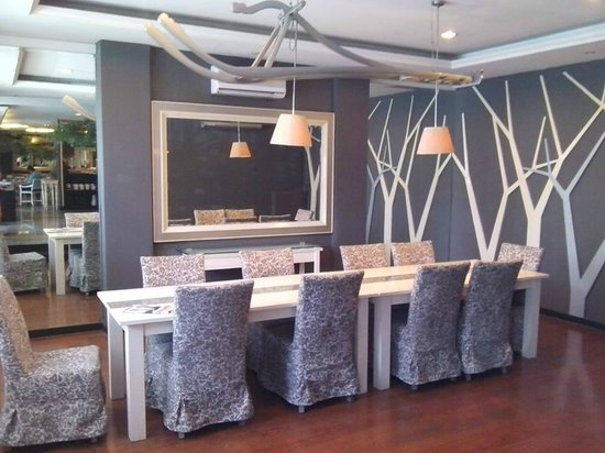 J Boutique Hotel: VIP Dining Area